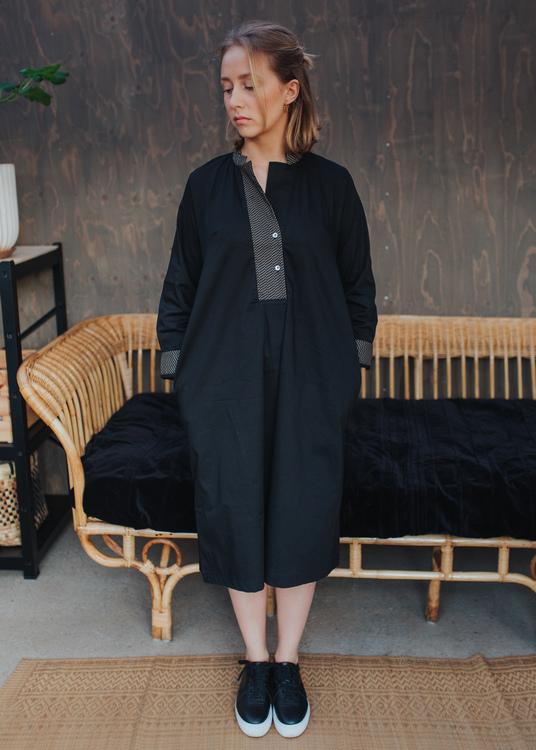 Elsa Dress Black