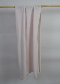 Knitted handcrafted Cashmere wrap Light Pink