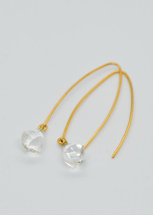 Mossa Hanging Earring Quartz Natural Crystal