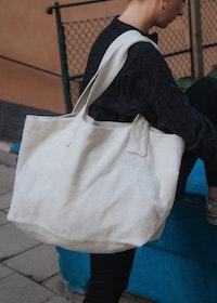 Viken Bag White