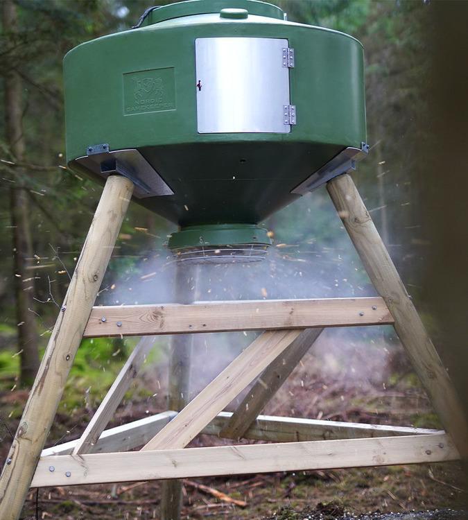 Nordic Gamekeeper - Komplett 500 liters foderautomat med FeedCon (inkl frakt)