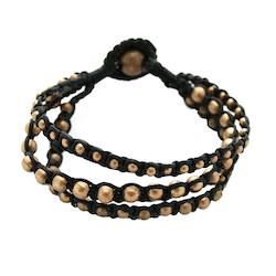 Armband svart eller brunt med pärlor