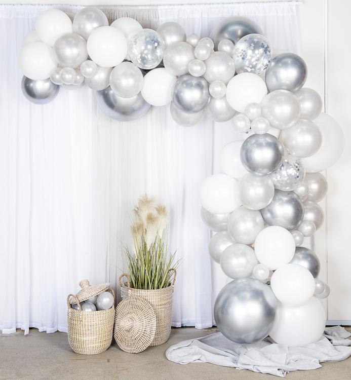 Silvrig ballongbåge