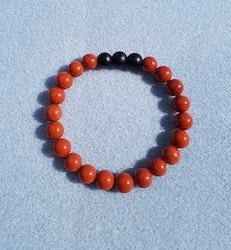Rød jaspis og svart onyx armbånd