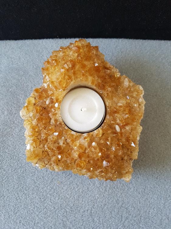 Citrin med krystaller