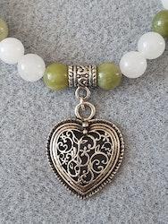 Hvit og grønn  jade