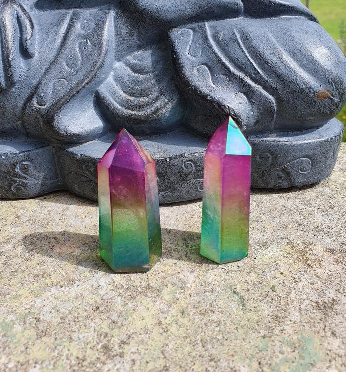 Rainbow aurakvarts tårn