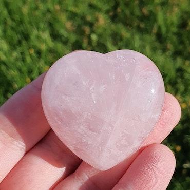 Rosenkvarts hjerte 4,5 cm