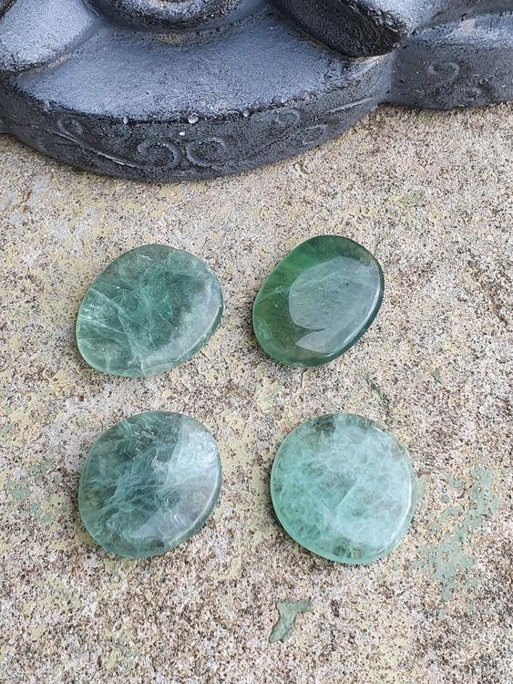 Grønn fluoritt lommestein