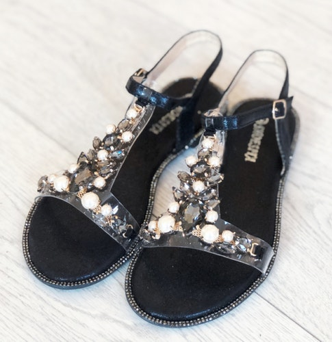 Sandal Black Diamond