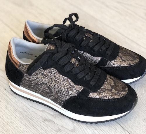 Sneakers svarta snake