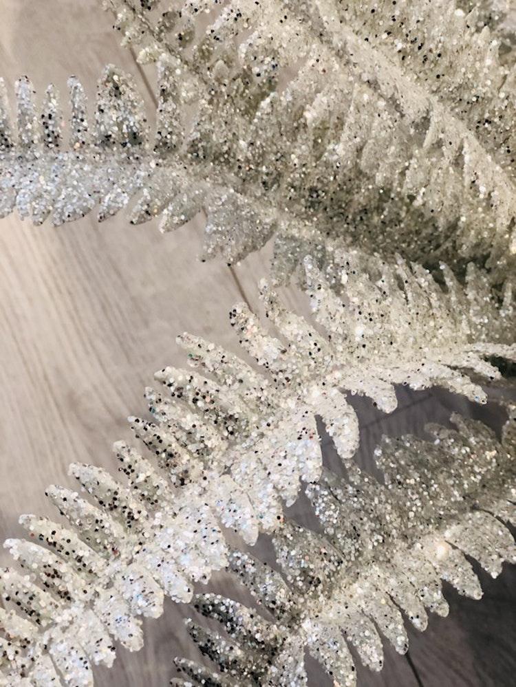 Ormbunke vit glitter