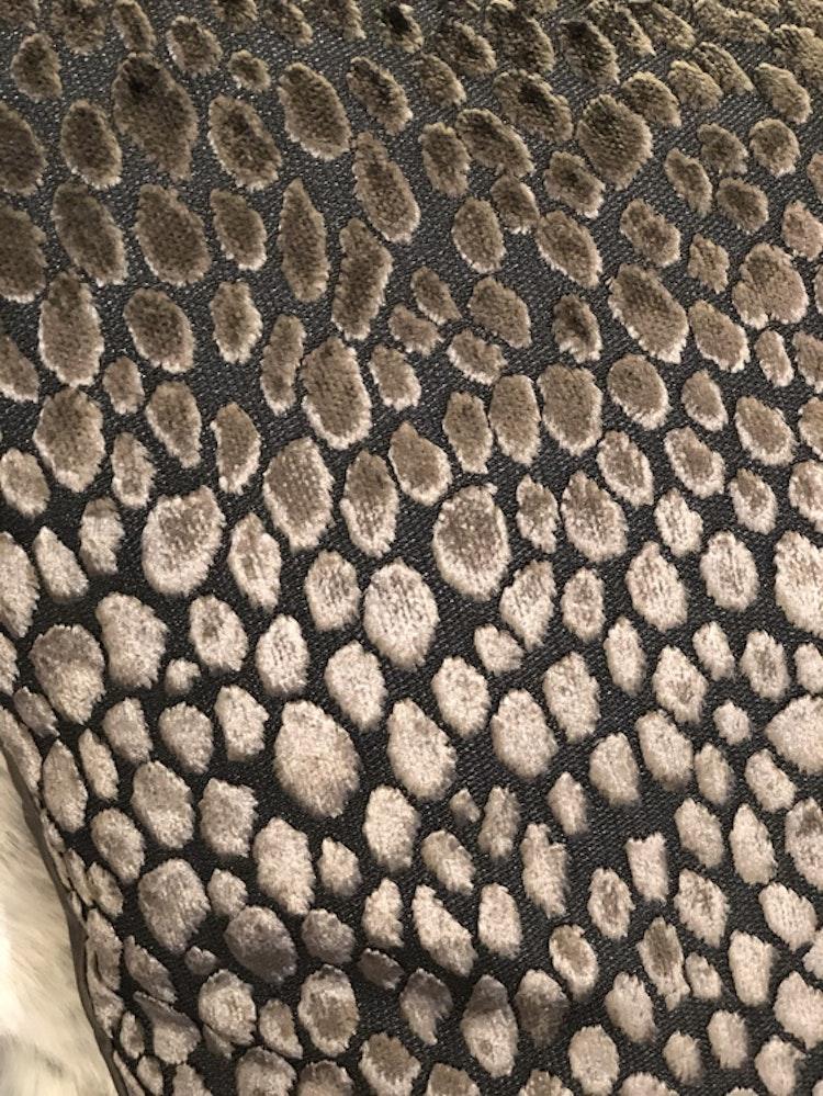Kudde Cheetah dark taupe