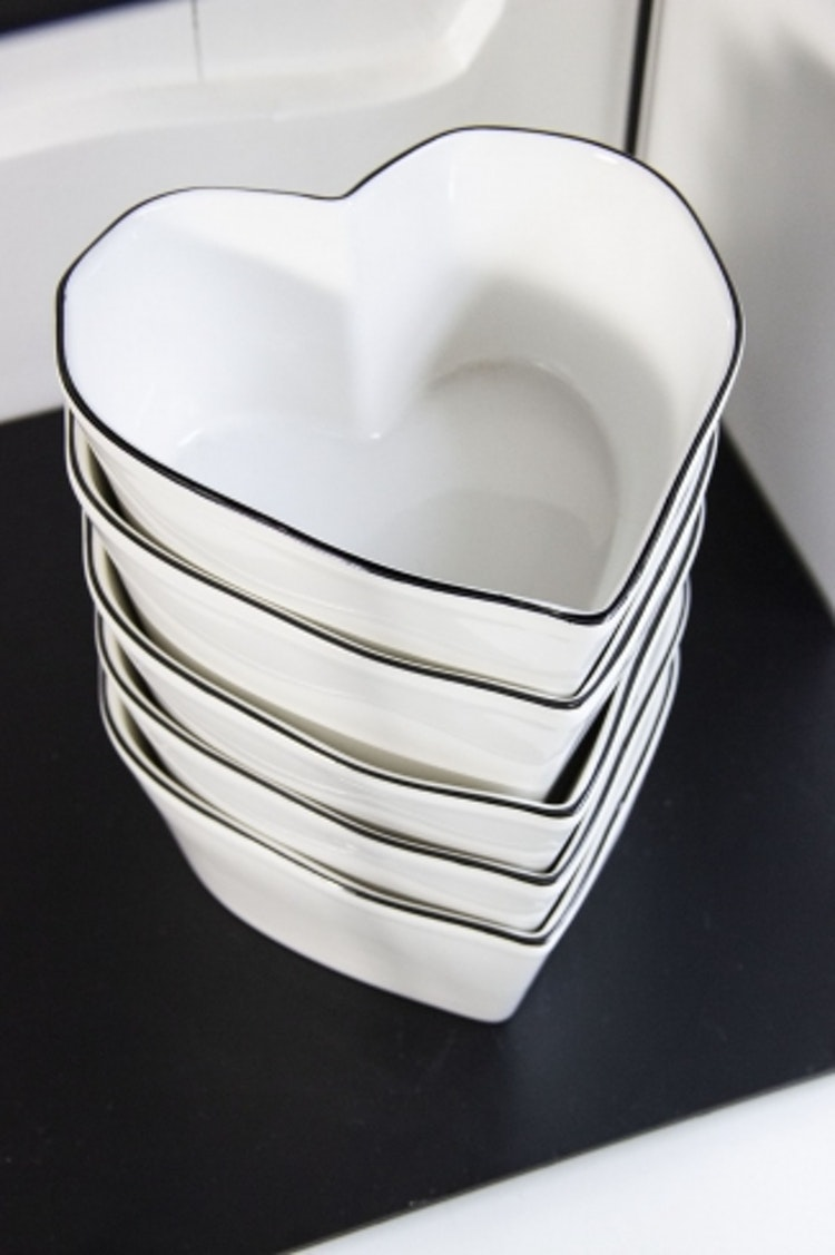BC Collections Heart shape bowl