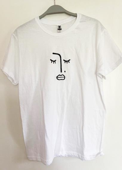 T-shirt face