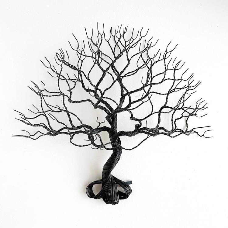 Träd av järntråd , vägghängd
