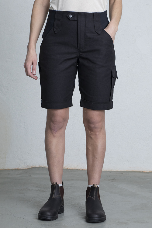 ANN Shorts -Black