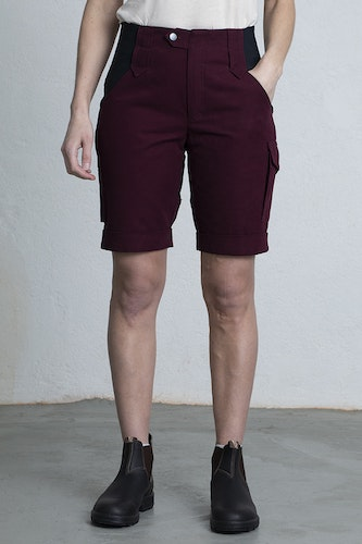ANN Shorts -Burgundy