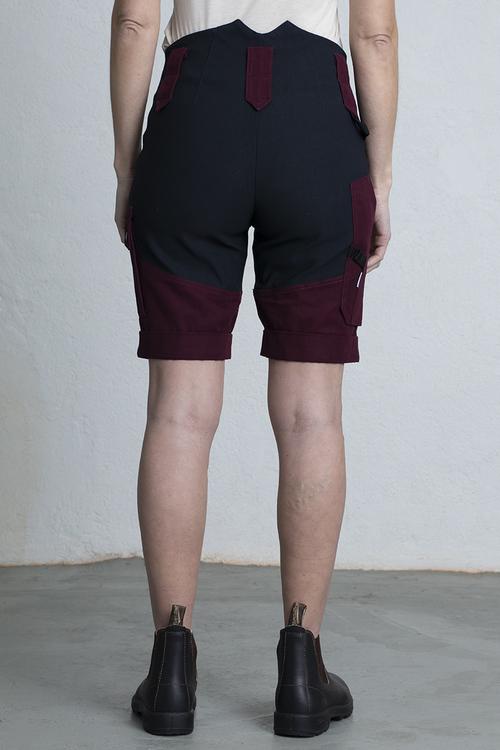 ANN Shorts -Burgundy