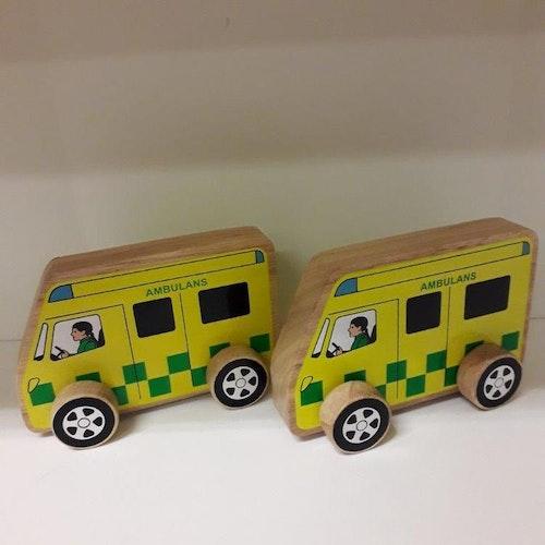 Ambulans på hjul tillverkad av gummiträ, Sri Lanka