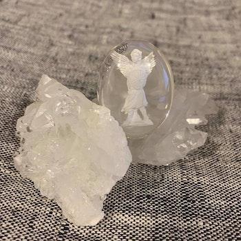 Worrie Stone Ärkeängeln Mikael