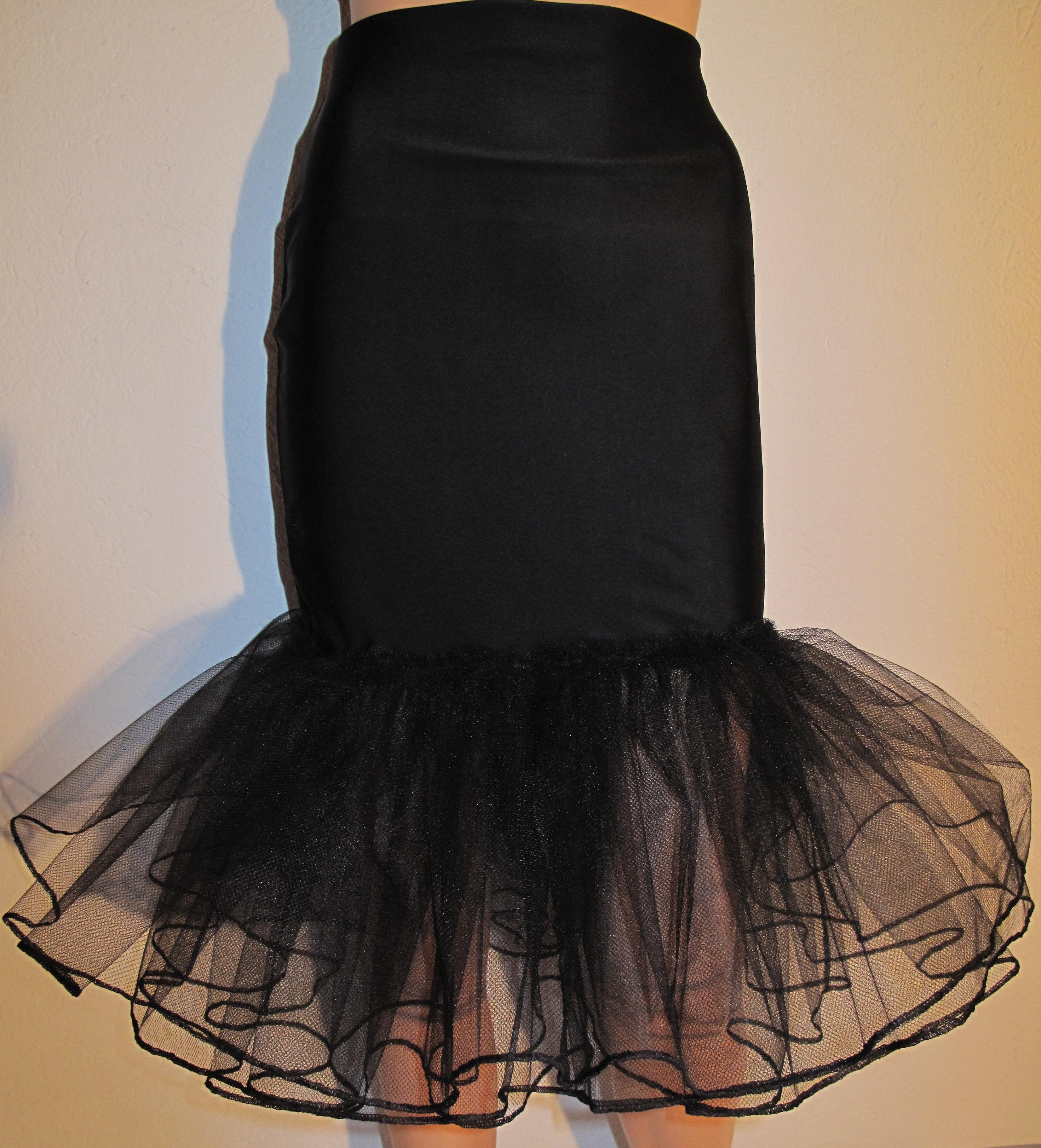 Tajt kjol med tyll