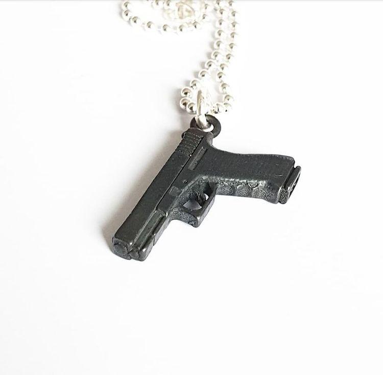 Glock 17 - oxiderad, i äkta silver