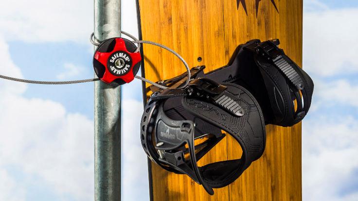 Vajerlås med två öglor för bla skidor och sparkcykel, Safeman