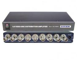 SB-3706 Komposit splitter 1 in 8 ut BNC