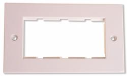 Ram för 4 moduler vit rak kant