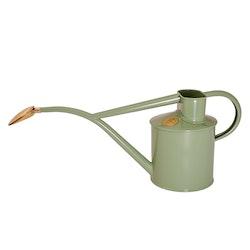 Vattenkanna pulverlackad salviagrön 1 Liter
