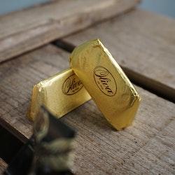 Nougat i guldpapper
