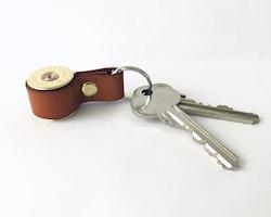 Nyckelring Kaliber 12 - Brunt läder