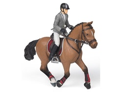 Tävlingsryttare med häst (Papo)