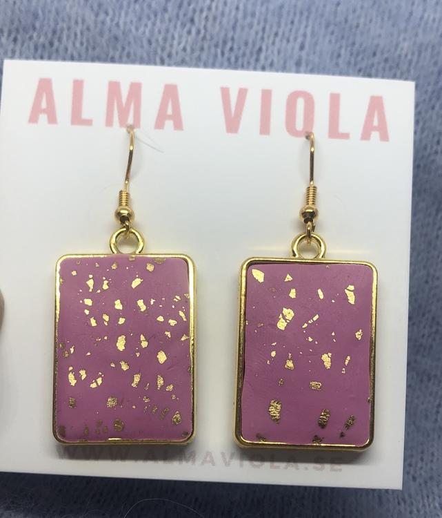 Hanging pink gold