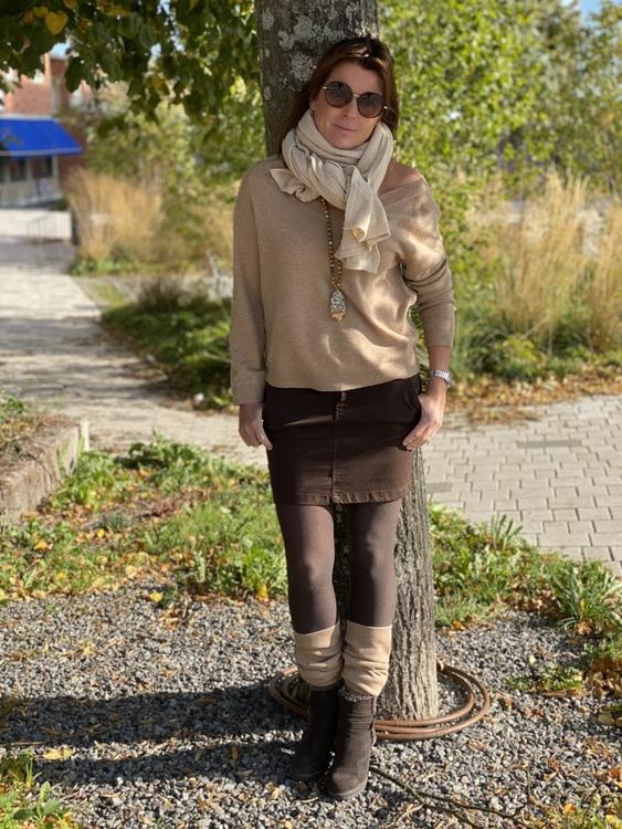Djup V-ringad Cashmere & Ull tröja