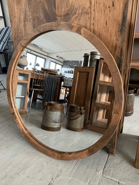 Rund spegel i återvunnet trä (OBS ! Endast avhämtning)