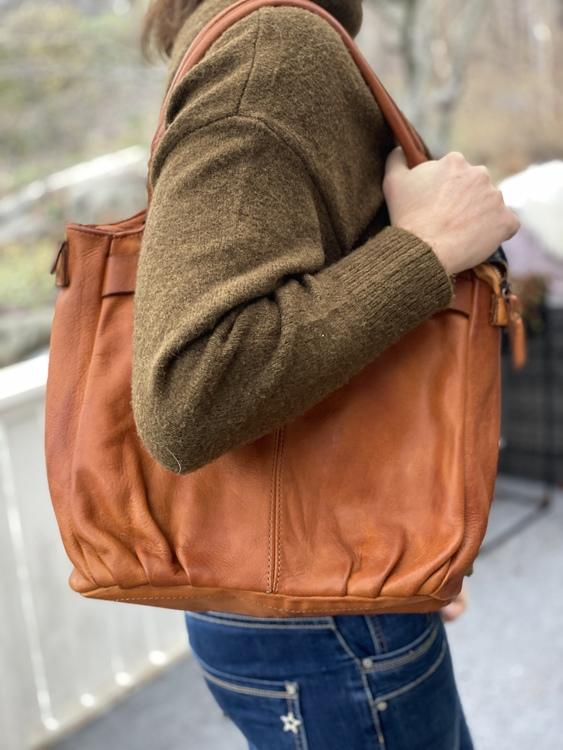 Vacker läderväska
