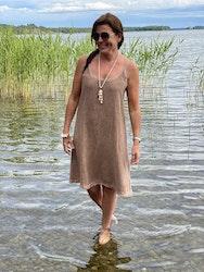 Sommar klänning sand