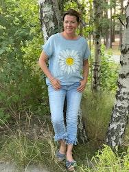 Sommar jeans med fransade kanter
