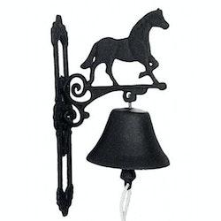 Dørbjelle med hest i støpejern