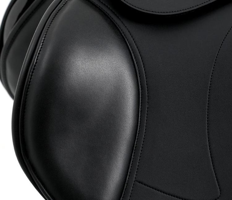 PAKKETILBUD! Prideaux syntetisk Close Contact sprangsal, Pandino Anatomic Leather Girth og Florence stigbøylereimer - SVART