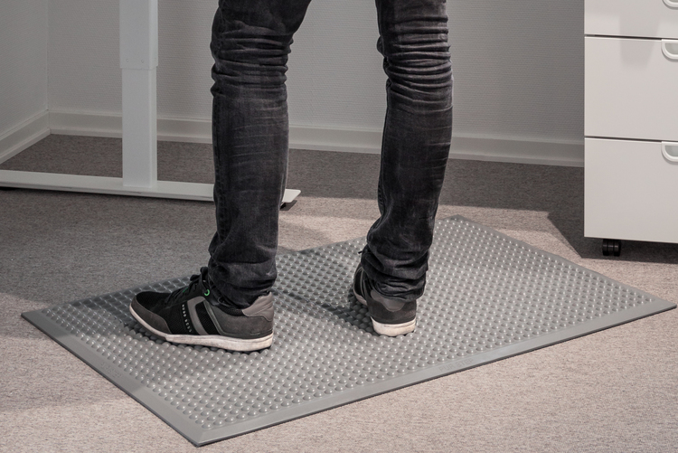 Pur-step ljusgrå bulmatta ståmatta för kontor