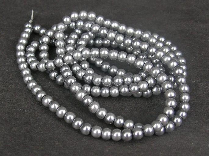 Romarpärlor - Vaxade Glaspärlor - Stålgrå -  Ca 4mm - 20st