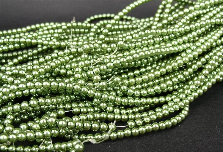 Romarpärlor - Vaxade Glaspärlor - Grön - 1sträng