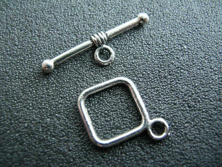 Toggle lås - 2 delat - enkel modell - 10st kompletta lås Silver
