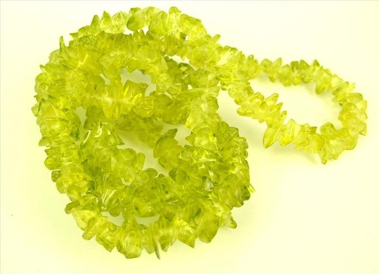 Glaspärlor - Glaschips - Lime - 50st