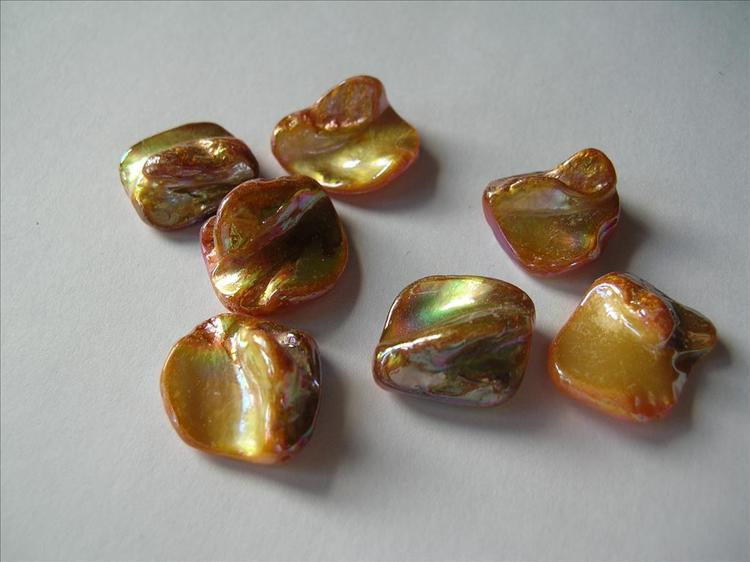 Snäckskalspärlor - Romb - Orange - 4st