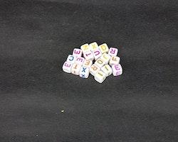 Bokstavspärlor - Fyrkantiga - Mixade färger - ca486st