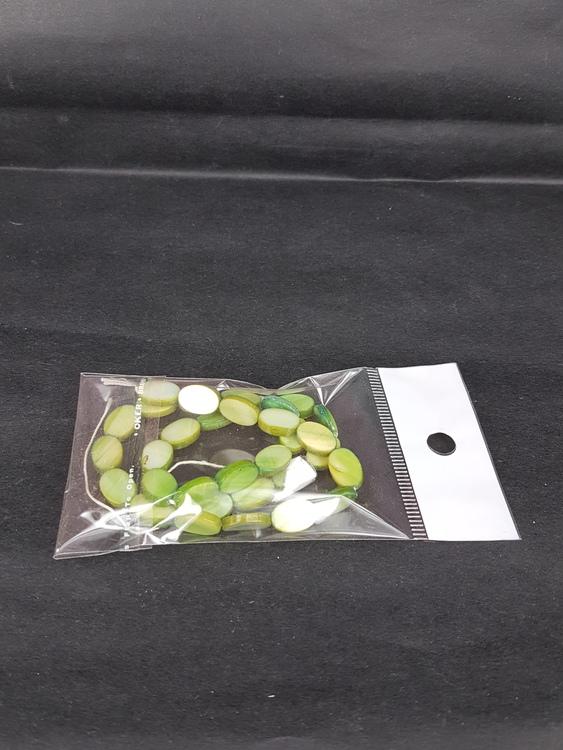 Snäckskalspärlor - Oblong - Ovala - Infärgade - Grön